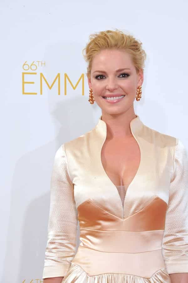 katherine heigl most beautiful woman in world, emmys katherine heigl, cleavage katherine heigl