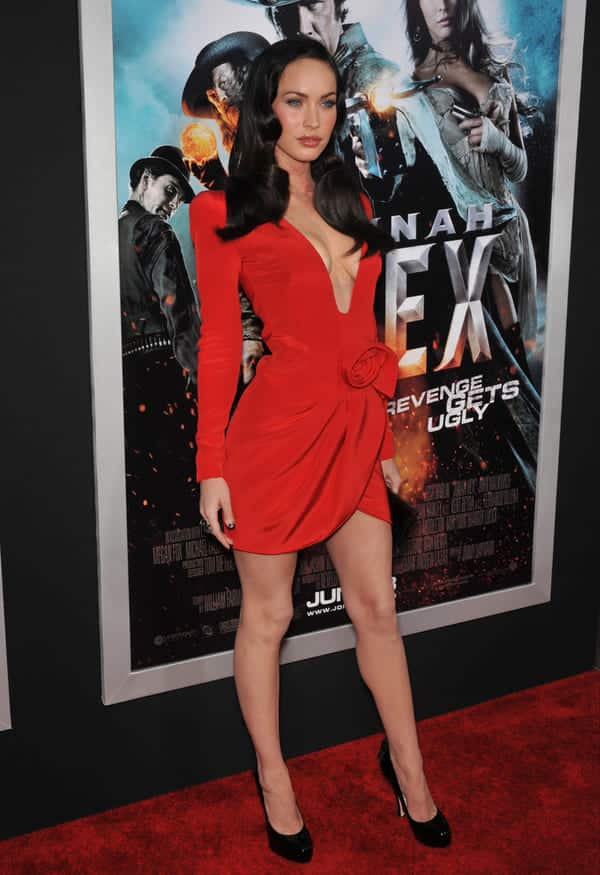 megan fox jonah hex premiere cleavage short red dress