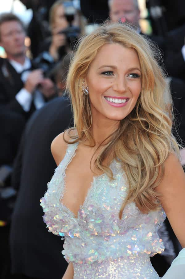 blake lively red carpet, hottest women in world, sexiest women in the world, world's sexiest women