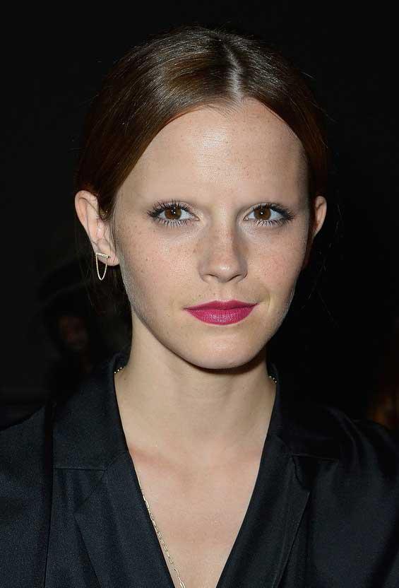 Celebrities Without Eyebrows (25 PHOTOS) | WorldWideInterweb эмма уотсон