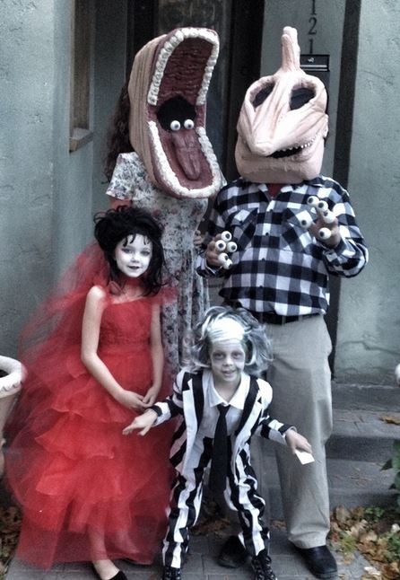 funny family halloween costumes  sc 1 st  WorldWideInterweb & The 100 Greatest Halloween Costumes Ever | WorldWideInterweb
