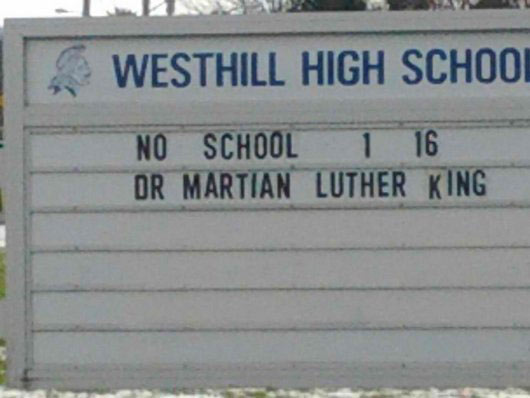 school-sign-typo