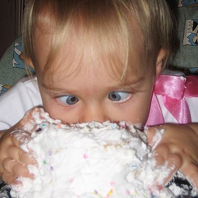 The 20 Funniest Baby S First Birthday Cake Photos Ever Wwi