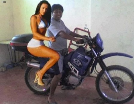 photoshop fake girlfriends
