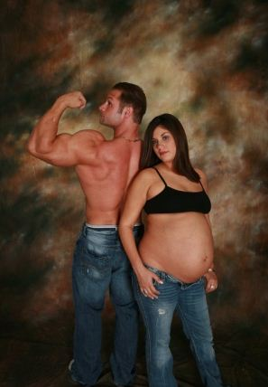 pregnant couple fail photos