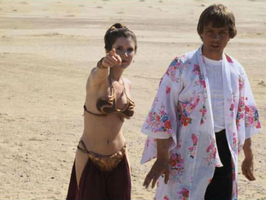 rare-slave-leia-behind-the-scenes-photo