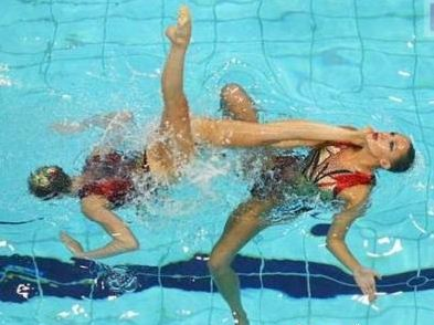 synchronized swimming funny