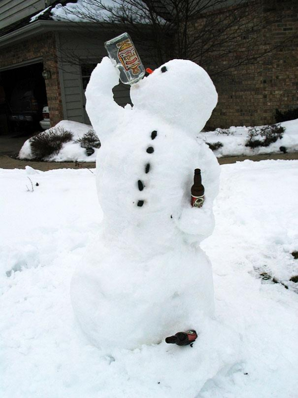 The 50 Funniest Snow Sculptures Of All Time