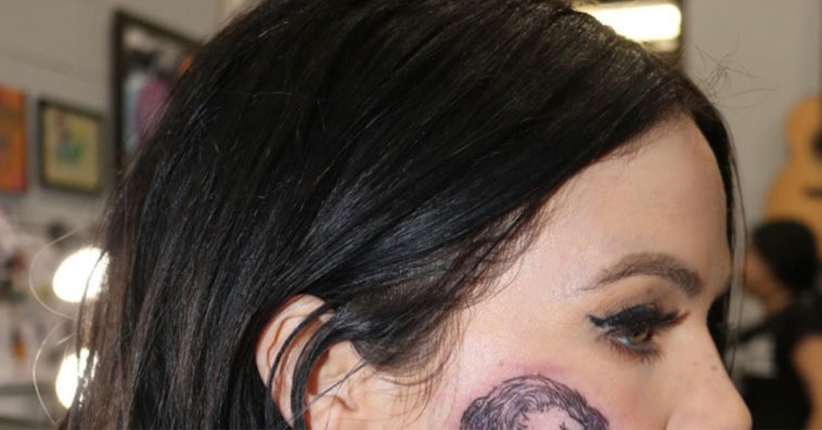 Uhh This Singer Got A Tattoo Of Harry Styles On Her Face