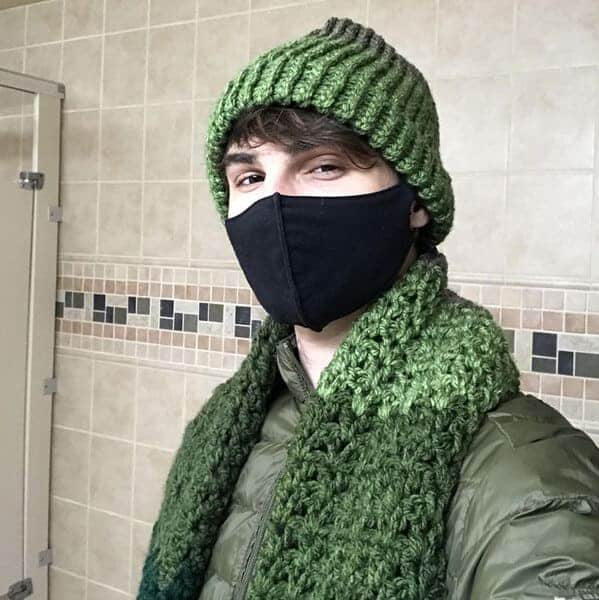 green scarf and beanie on young man in bathroom at work, Uplifting wholesome images, nice pictures of animals and people, humanity restored, wholesome pics, reddit, r wholesome, funny cute animals, feeling good