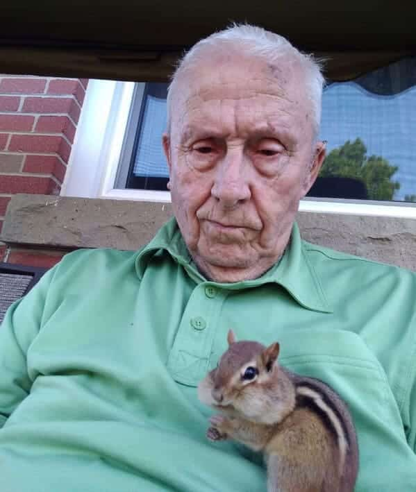 grandpa with chipmunk on his stomach, Uplifting wholesome images, nice pictures of animals and people, humanity restored, wholesome pics, reddit, r wholesome, funny cute animals, feeling good